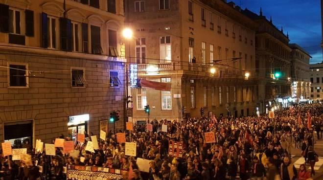 Il corteo dell'8 marzo a Genova
