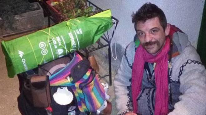 Manuel Marto durante il suo viaggio verso Santiago de Compostela