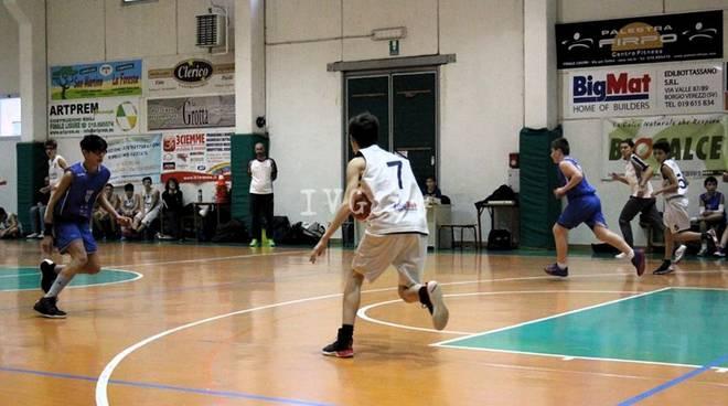 FINALE BASKET CLUB: U14 vince contro Olimpia-Taggia