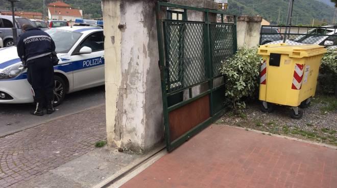 Cancello Scuole Paccini Albenga