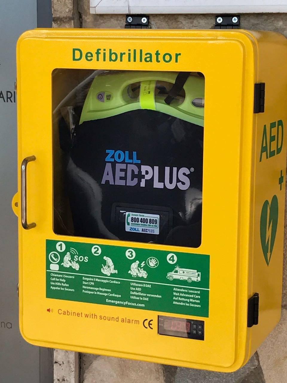 farmacia della concordia defibrillatore