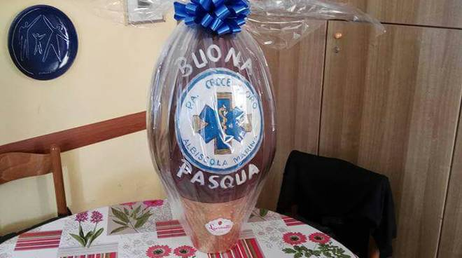 La Croce d'Oro di Albissola augura buona Pasqua agli anziani della casa di riposo