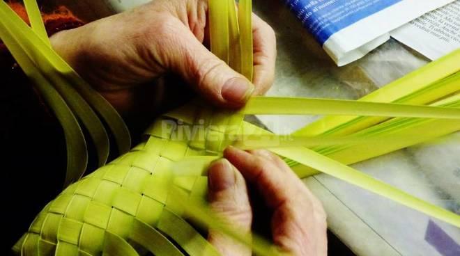 Pasqua Le Palme Intrecciate Delle Liguria In Dono A Papa Francesco