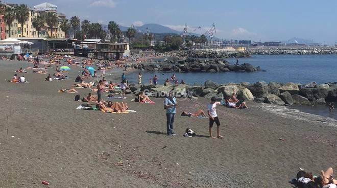 pegli spiaggia velelle