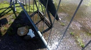 Pietra Ligure, grossa perdita d'acqua in via Santo Stefano