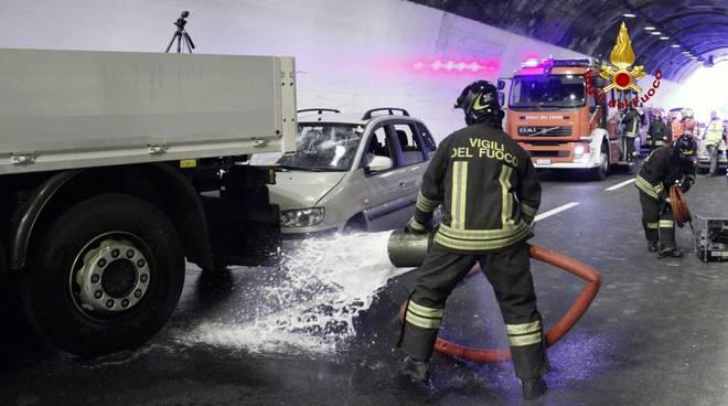 Simulazione incidente in A12