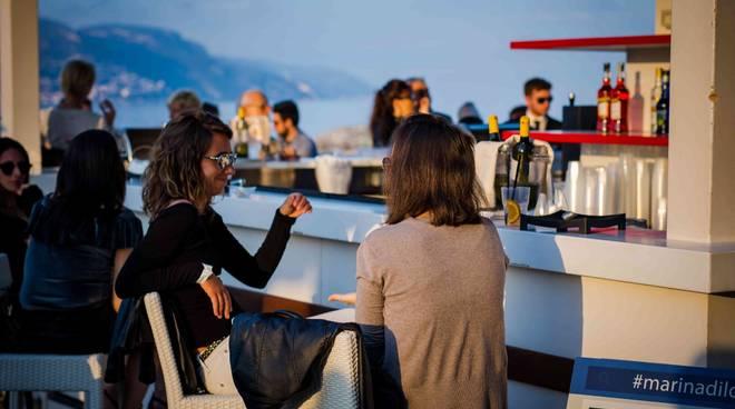 La terrazza più bella della Liguria? Vivila con gli \