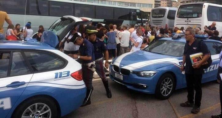 Autobus gita, i controlli della polizia