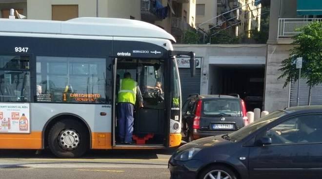 Bus rotto a Pra'