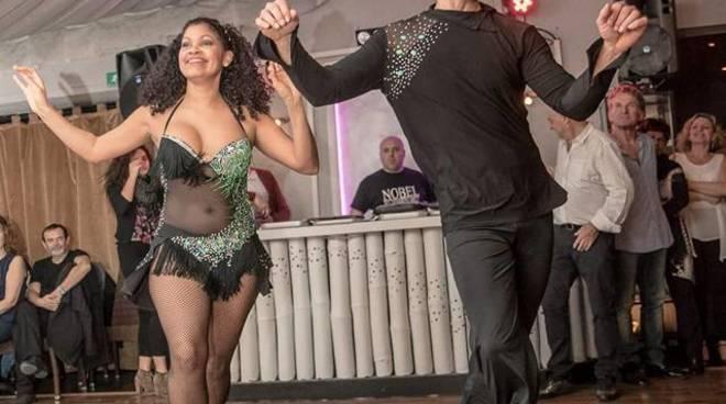 Serata disco e latina alla discoteca Cezanne