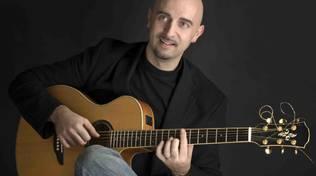 Venerdì 26 maggio Jazz Night @ Chapeau: Alessio Menconi trio al circolo Chapeau di Savona