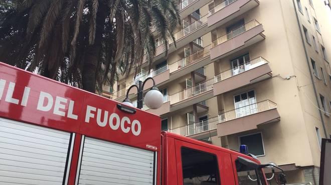 Corso Italia Fuga Gas Pietra Ligure Vigili Fuoco