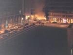 incendio auto fiamme fuoco notte