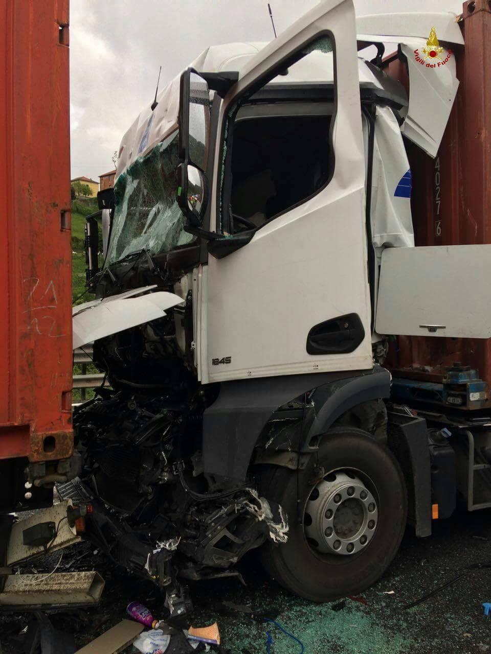 Incidente camion 3 maggio 2015