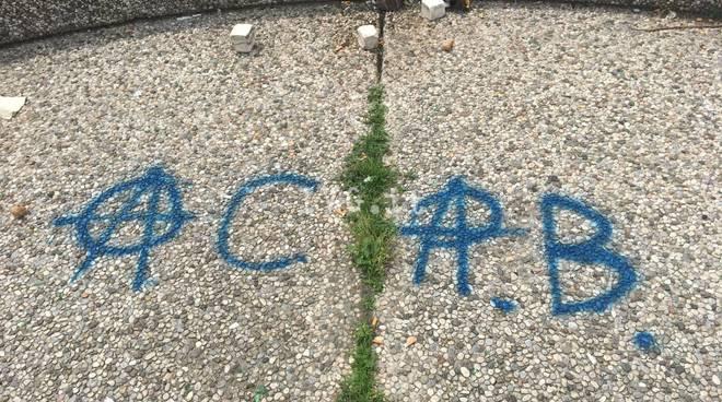 Savona, raid vandalico nell'arena di piazza del Popolo