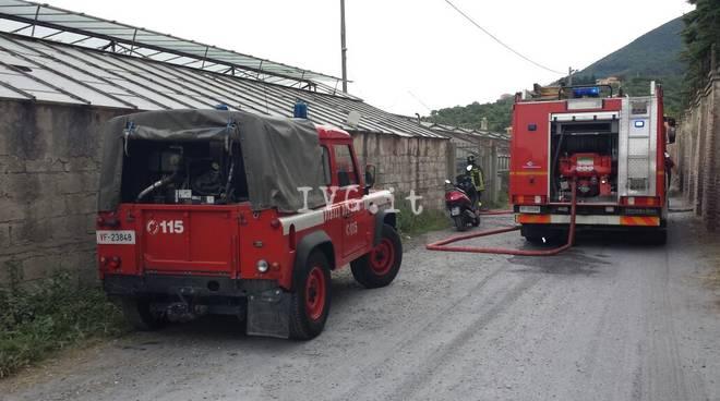 vigili del fuoco autobotte