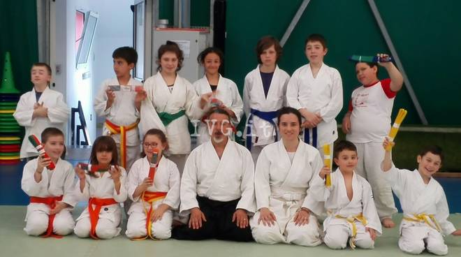 Aikido: a Tovo San Giacomo nuovi passaggi di cintura per i bambini