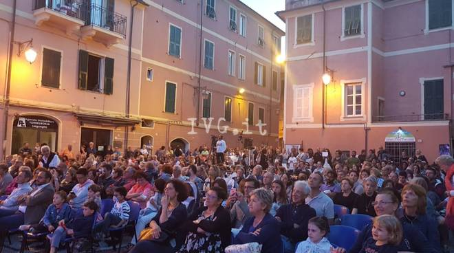 concerto piazza marconi laigueglia