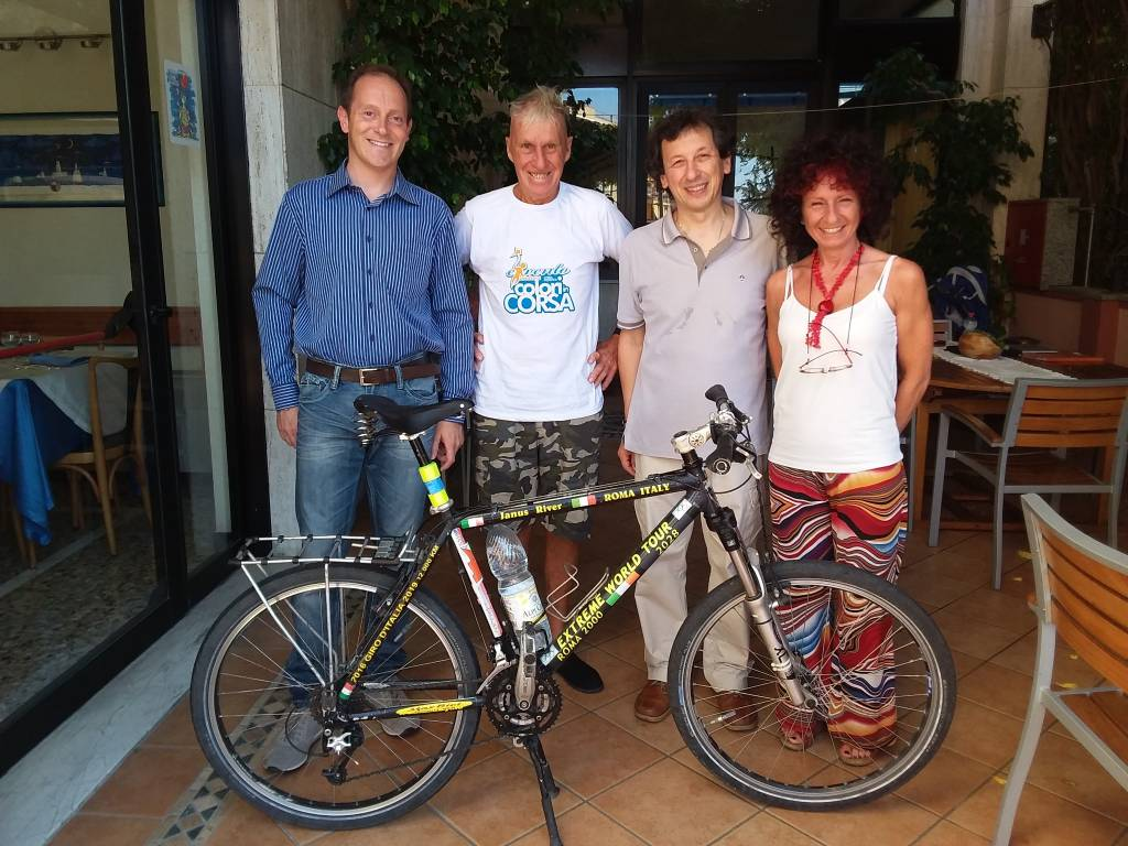 Janusz River Andora giro del mondo bicicletta