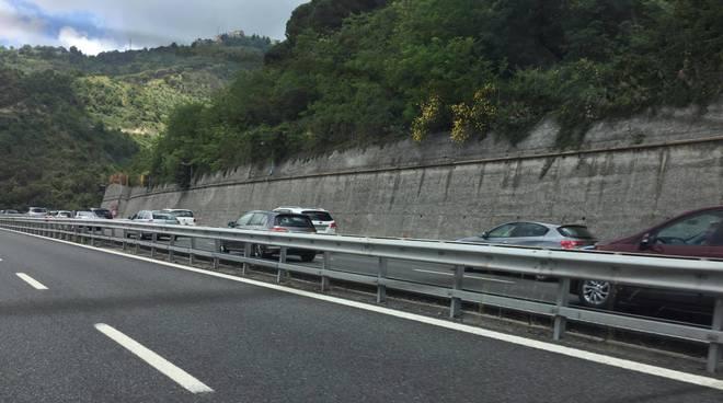 Autostrada, le lunghe code del rientro