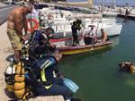 pulizia dei fondali nel porto