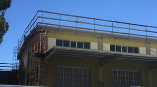 Savona, operaio 33enne precipita da un tetto