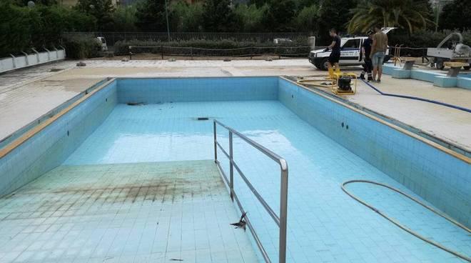 piscina borghetto