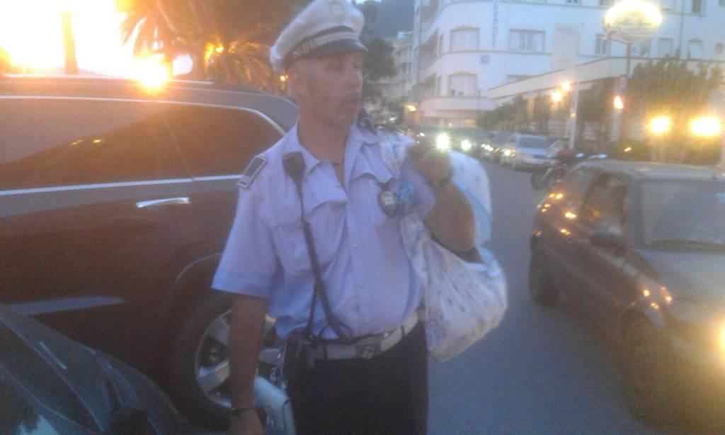 Alassio, nuovo sequestro di merce da parte della municipale
