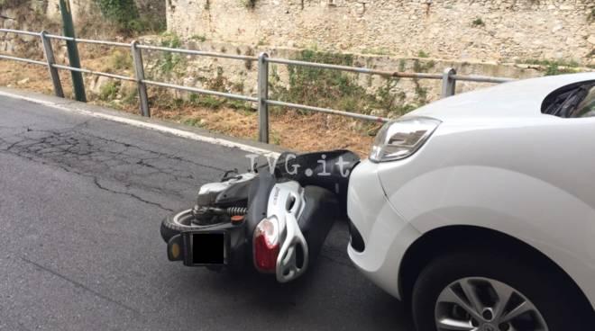 calvisio polizia incidente scooter