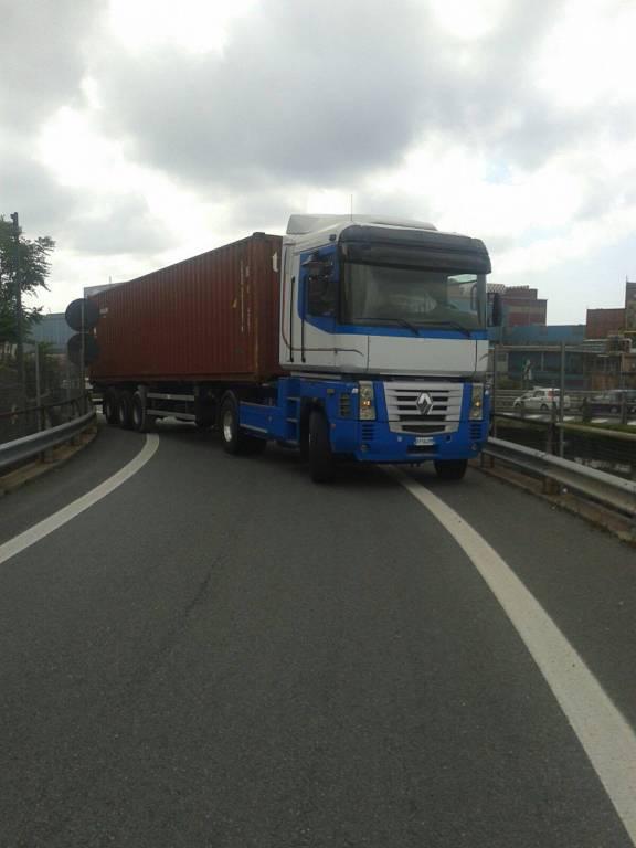 camion ge aeroporto