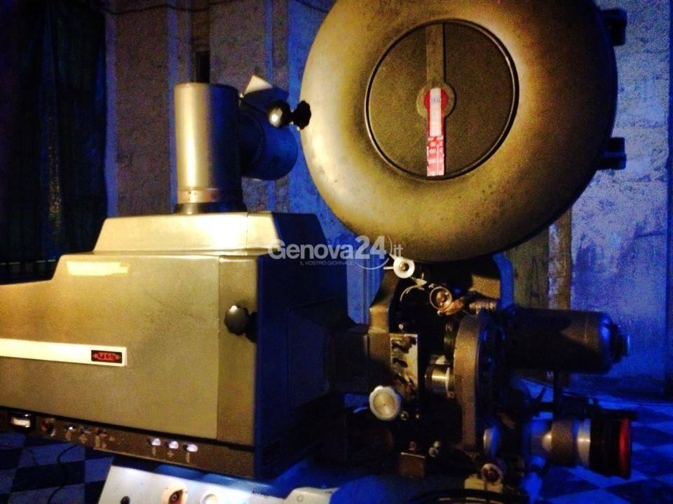 cinema proiettore