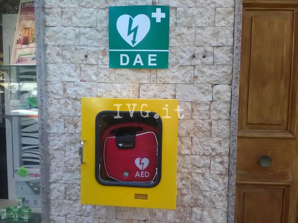 defibrillatore pietra