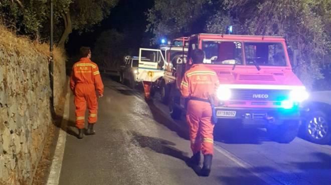 incendio notte san bernardino finale antincendio protezione civile