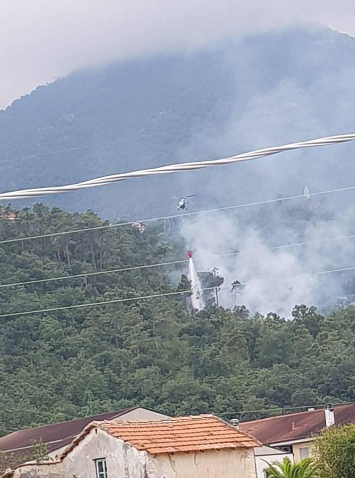 Loano, incendio in località Morteo