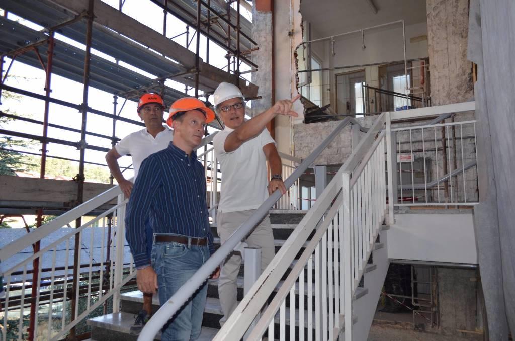 Continua l'opera di consolidamento e bonifica dall'amianto delle scuole di Andora
