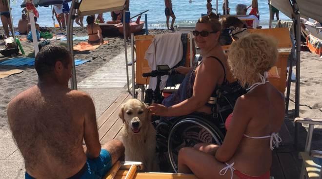 Loano Bagni Delfino area disabili spiaggia