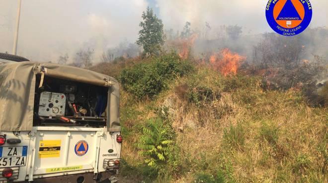 protezione civile incendio lagaccio