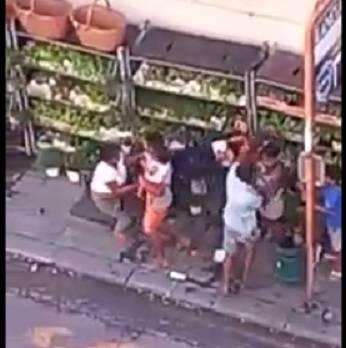 Rissa tra rom in centro a Savona