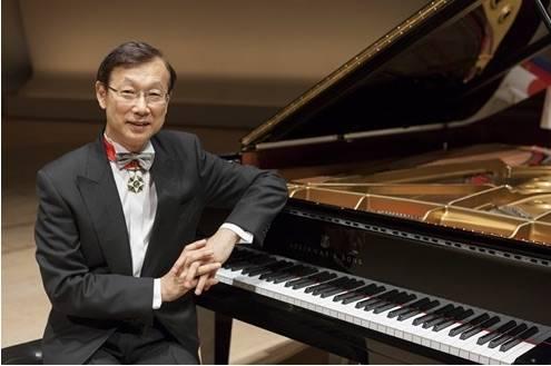 Takahiro Seki pianista