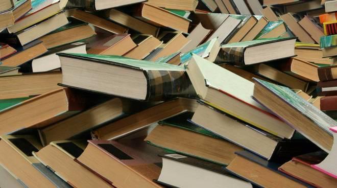 Libri (rettangolo) (generica)