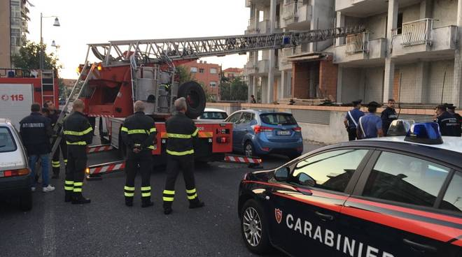 albenga carabinieri via carloforte giallombardo