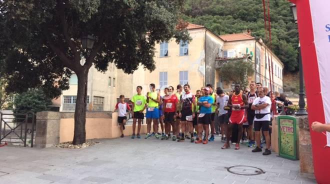 Le foto dell\'evento CORRI TRA I CASTELLI organizzato dalla Polisportiva del Finale!