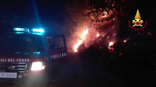 Incendi in Piemonte: ancora fuoco in Valsusa, 600 sfollati
