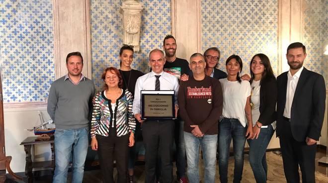 Mezzogiorno in Famiglia, una targa per il Comune di Albenga