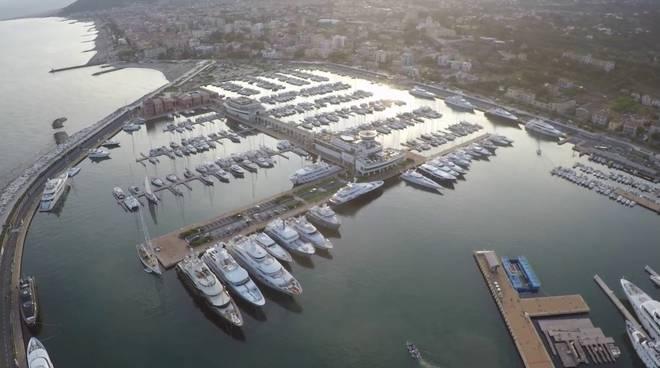 Marina di Loano Area Superyacht