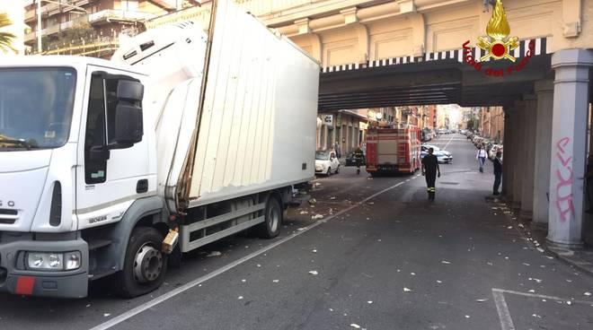 via isonzo camion