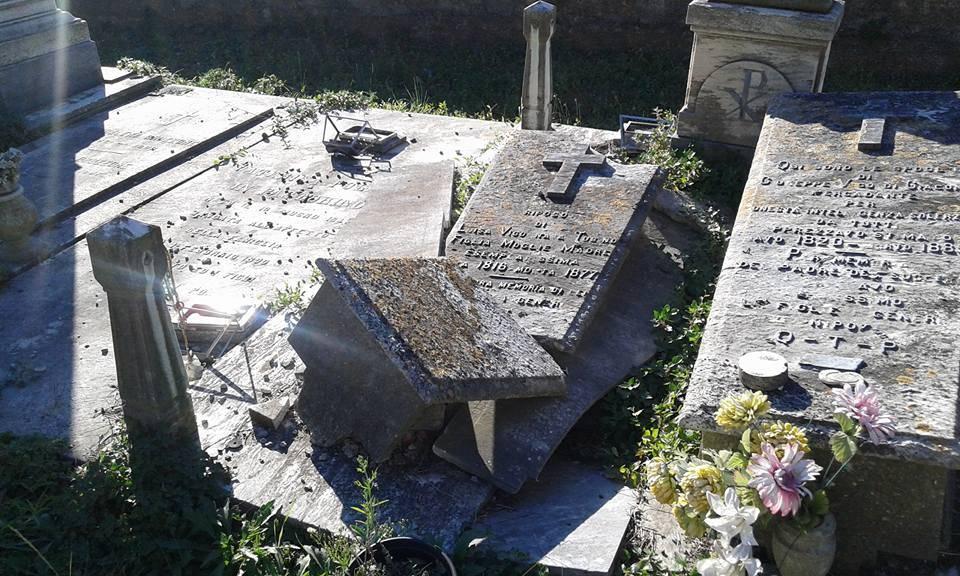 cimitero Voltri