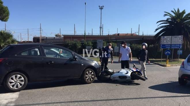 Scontro Auto Moto Corso Svizzera Savona