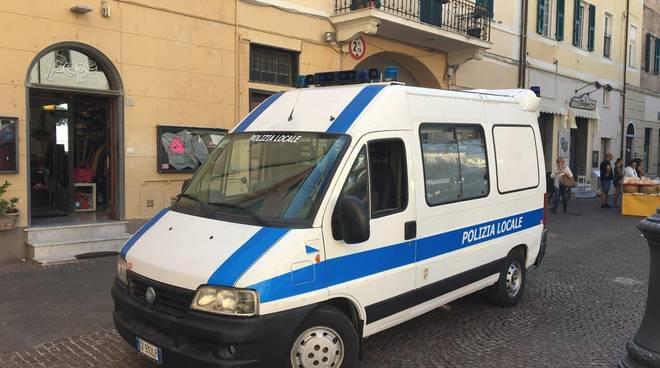 polizia locale pietra