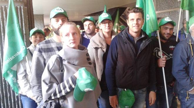 protesta agricoltori regione